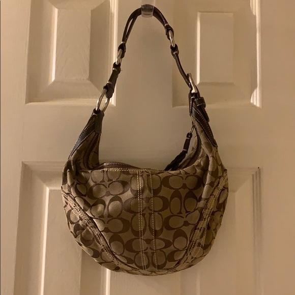 Coach Handbags - Authentic Coach Hobo Style Purse
